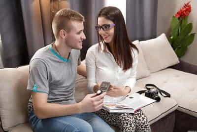 Glasses adorned teenager Jessica M parking bald fur pie on schlong