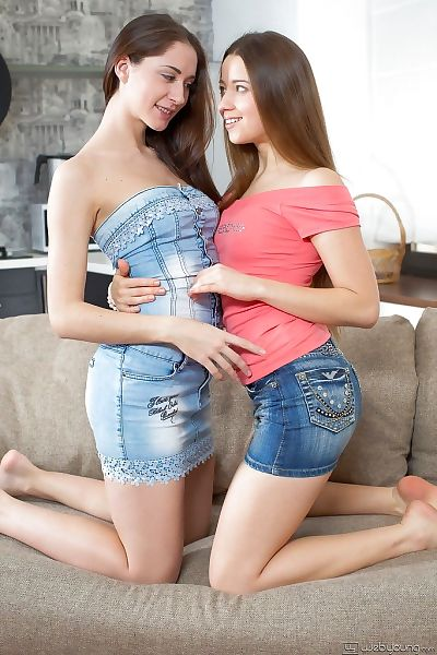 Divine juvenile lesbo Diva is servicing her glamorous chicito Jenny