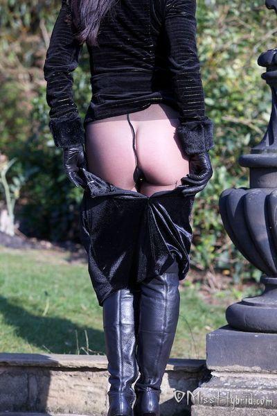Miss Hybrid Sodden crack In Sodden Leather Boots Catwalk Outdoors