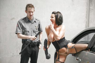 Titsy MILF pornstar Veronica Avluv delicious hardcore backdoor act of love outdoors