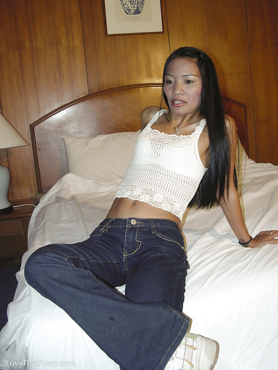Wiry Chinese lassie in jeans benefits from talked likes some erotic dance act