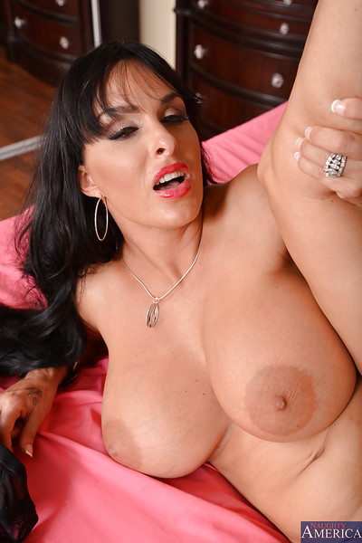 Sexually aroused cougar Holly Halston acquires bonked and jizzed over her severe jugs