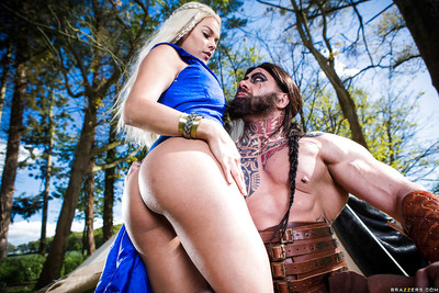 Cosplay pornstars Aruba Jasmine and Peta Jensen have Male+Male+Female outdoors