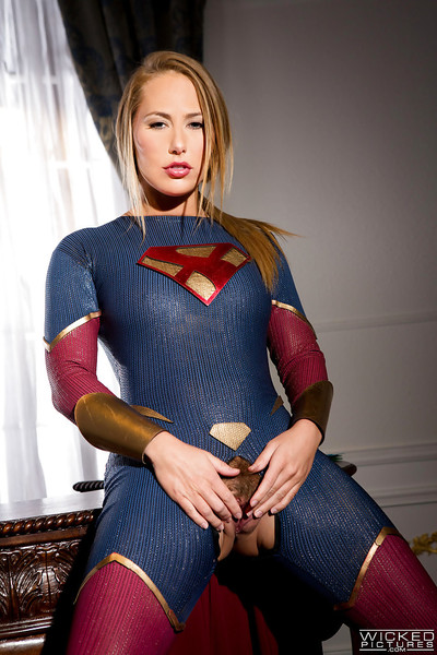 Leggy blond pornstar Carter Passage starts crotchless outfit to divulge uterus