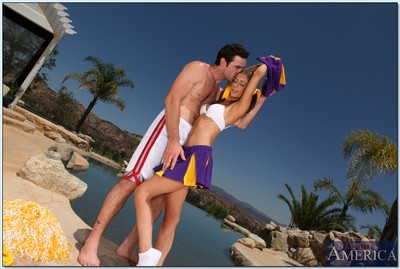 Cheerleader anus hole very outdoors makes scene with Presley Hart dazzling