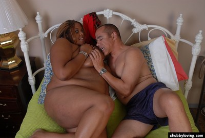 Chunky swarthy fatty Minxx eating cock cream right after spunk flow on smooth head cunt