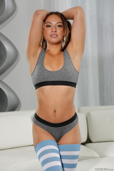 Sweaty brown hair sara luvv demonstrating wiry wild body in appealing nylons and tig