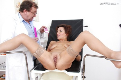 Fuckable full-grown lady receives examed by a appealing gyno doctor