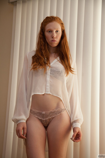 Redhead juvenile tease