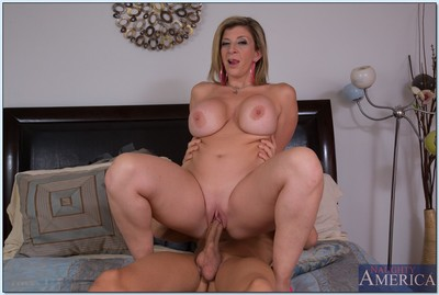 Curvaceous MILF Sara Jay gives a cocksucking and benefits from gangbanged hardcore