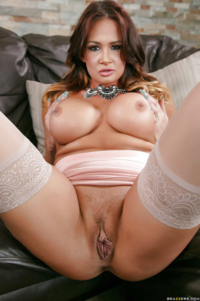Rounded MILF Tory Lane posing seductively in high heels and