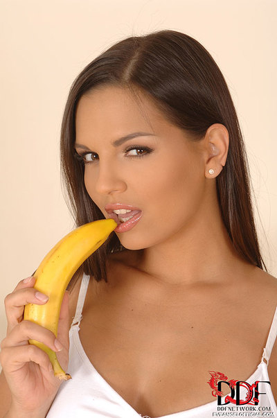 Bodily Hungarian Eve Hottie Rods a Banana in her Sodden Gentile