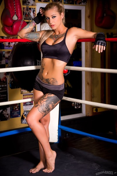 Kleio valentien bonks in ring
