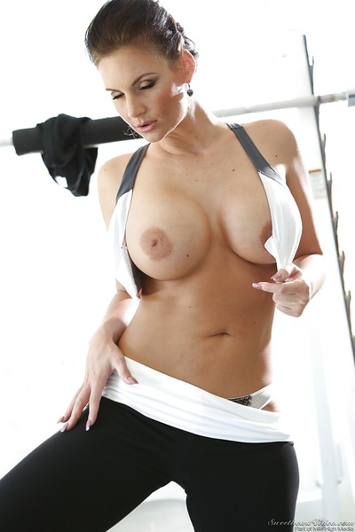 Sporty MILF with perspired body Phoenix Marie erotic dance and amplifying her legs