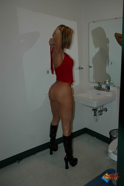 Brandi love in the shower