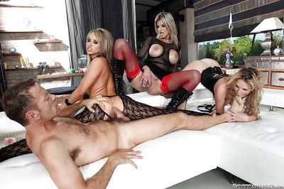 Sexually excited bombita Tara White is adores hardcore anal foursome with her assistants