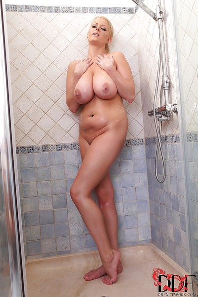 Content and thankful fatty Lola takes bathroom and washes her giant billibongs