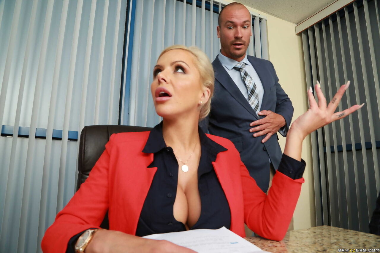 Fairy-haired boss lady Nina Elle sleeps with a chap subordinate whereas a rencounter