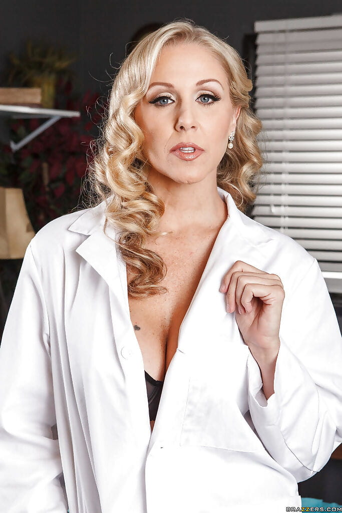 Seductive blond MILF Julia Ann revealing her colossal wobblers and diminutive waste