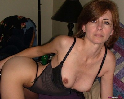 Mix of real milf pictures with anal sex