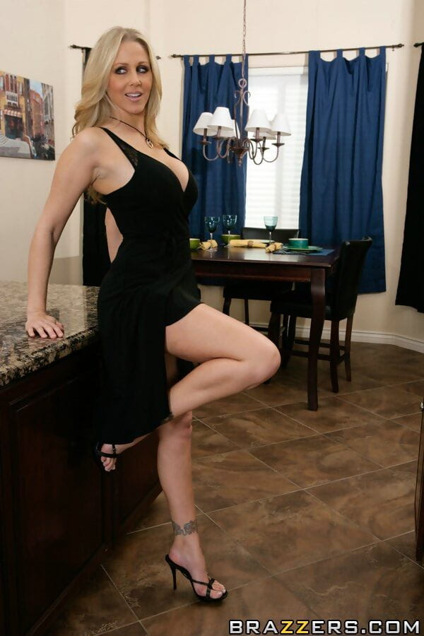 Grown yet wild darling Julia Ann shows her body and her stretch cum-hole