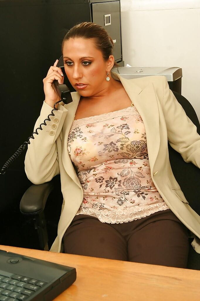 Nasty office lady with giant jugs jacking off her cage of love at her workplace
