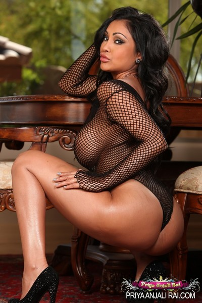 Appealing gaze at thru underclothes and a enormous ebony 10-Pounder is simply what wild Indian Priya Anjali Rai wanted.