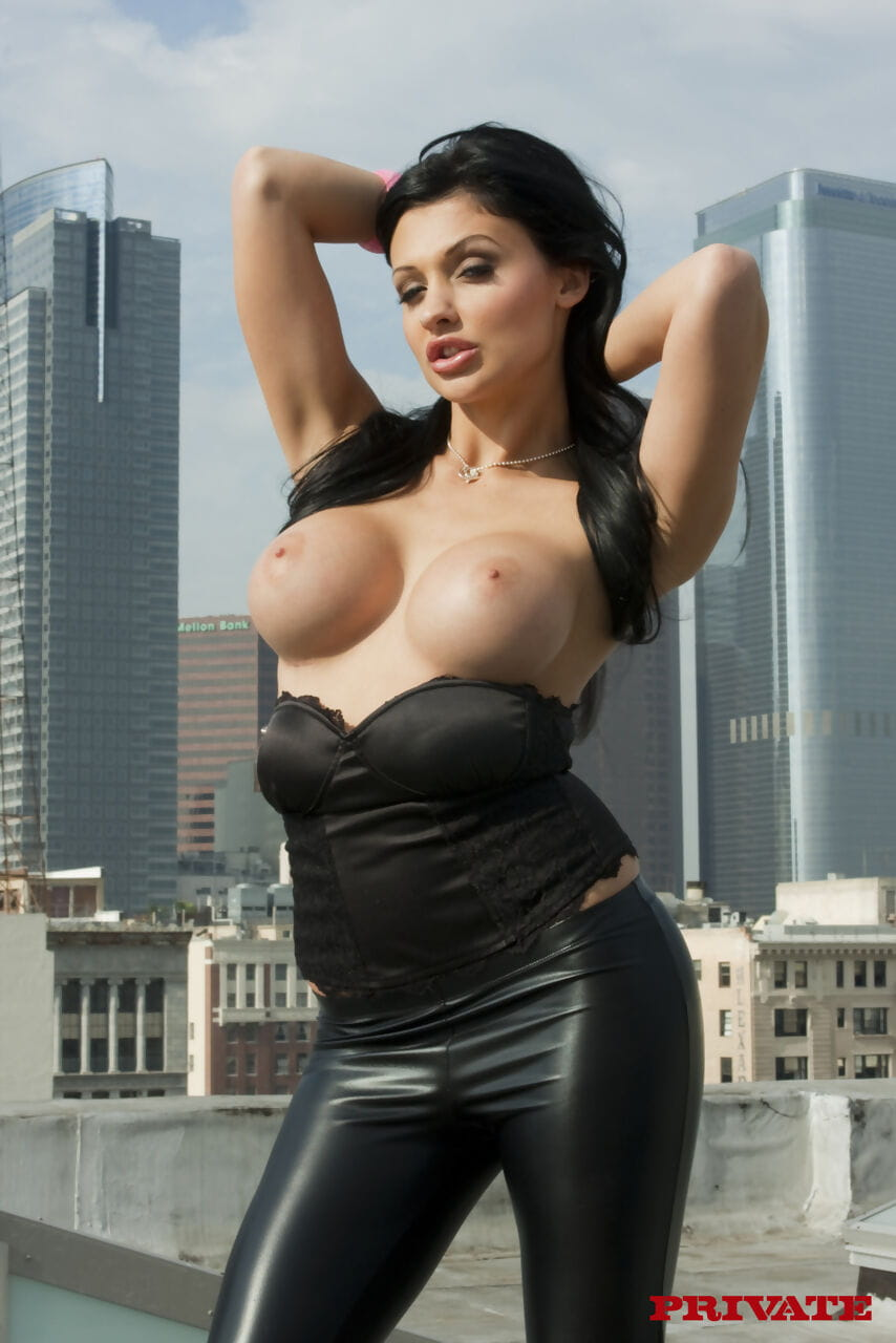 Hungarian prostitute Aletta Ocean deepthroats a weenie prior to heavenly it in her butt
