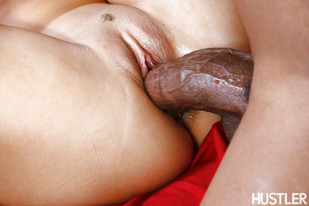 Miniscule Chinese gal Jayla Starr riding giant ebon 10-Pounder and jizz eating