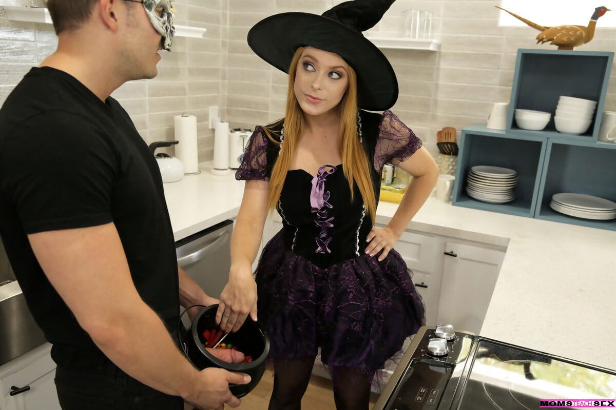 Penny Pax & Haley Reed appeal to their boy companion during decked out for Halloween