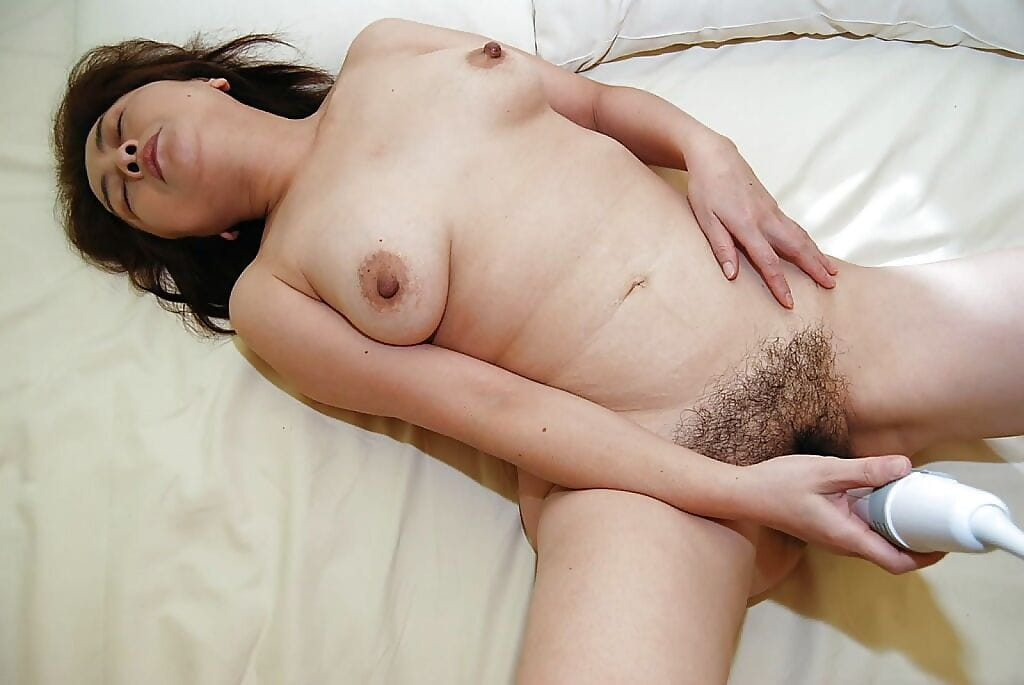 Full-grown oriental courtesan benefits from her unshaved gash vibed- boned-up and creampied