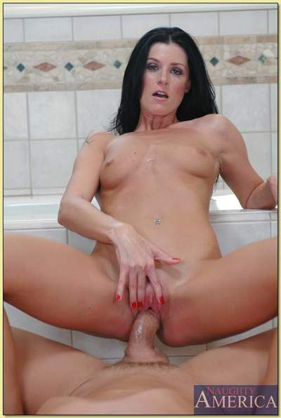 Sensational MILF India Summer takes a mammoth rod in her uterus in a baths