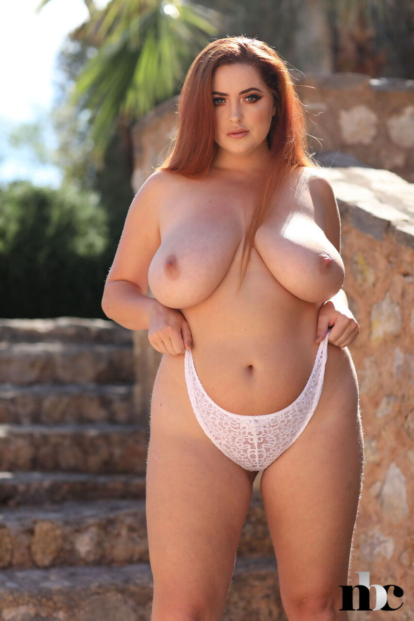 No thing But Twists Lucy Vixen