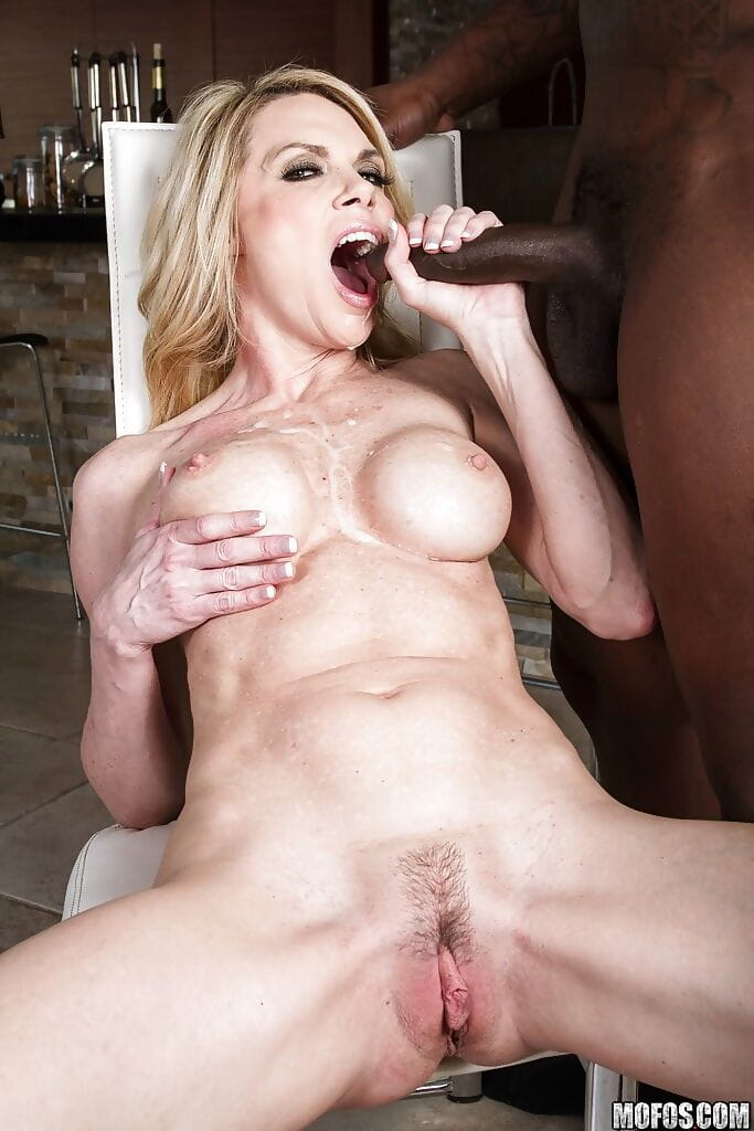 Alexa Styles copulates a giant ebon boner and takes a spunk flow on her face and rack