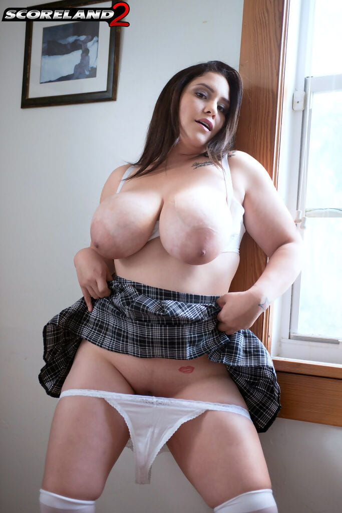 Chunky schoolgirl Chloe Rose uncorks her knockers as this girl takes off her uniform