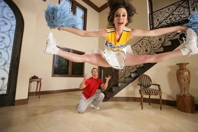 Workable cheerleader jennifer white accepts hammered rough