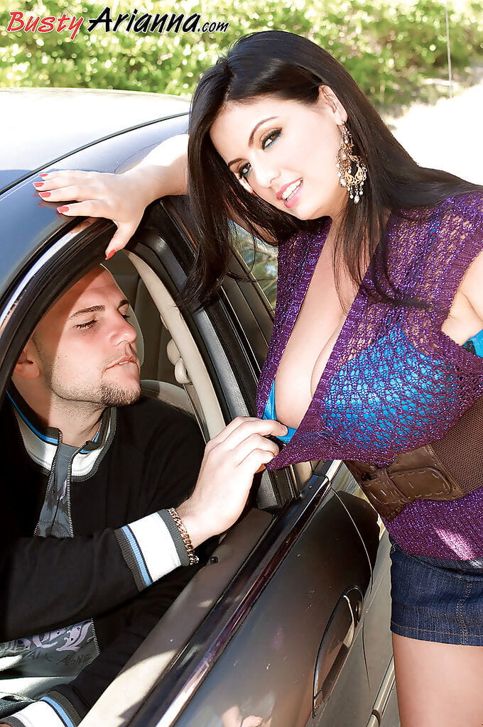 Massive melloned Arianna Sinn was hitchhiking in sexually intrigued outfit when that babe was picked up by congenial well hung dude.