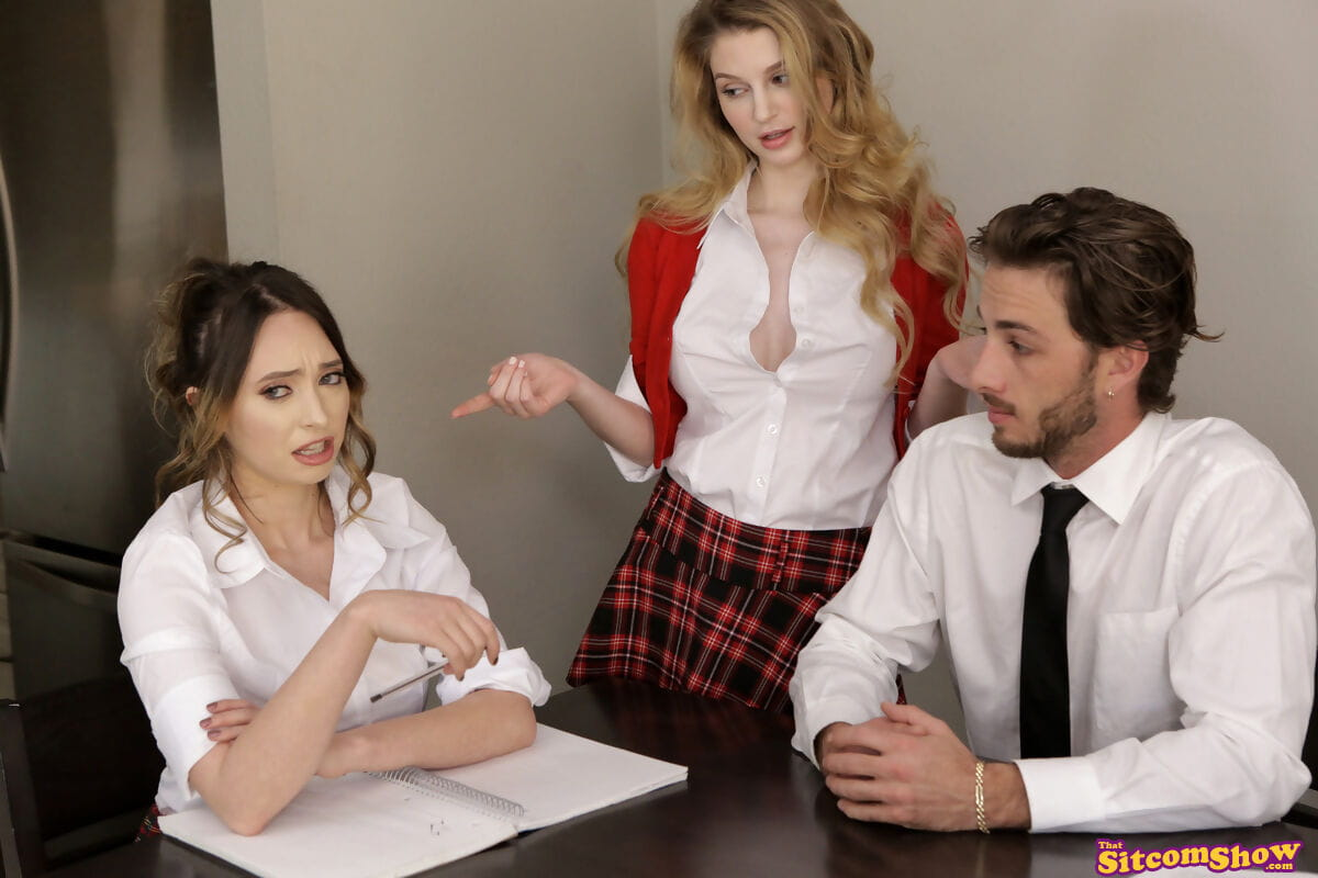 Curvy schoolgirl acquires gangbanged by a man student during a girlfriend watches
