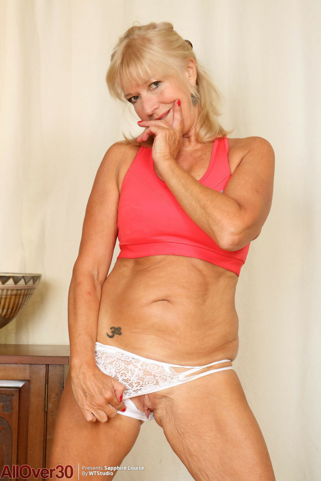 Sapphire louise widening in the naked - part 1692