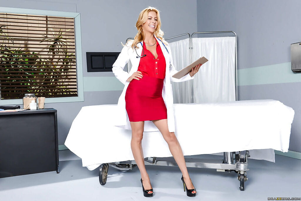 Boobsy fairy-haired lass Alexis Fawx shedding doctor uniform and petticoat