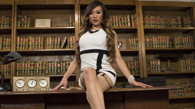 Boss lady bitch, ts venus lux reviews her employees with her cock!
