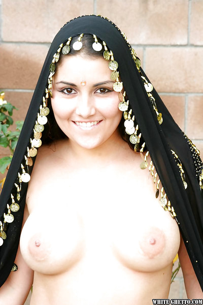 Muddy indian hotty with biggest bra buddies erotic dancing off her underclothes