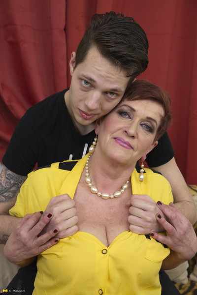 Passionate seasoned doxy having enjoyment with her gear stud sub