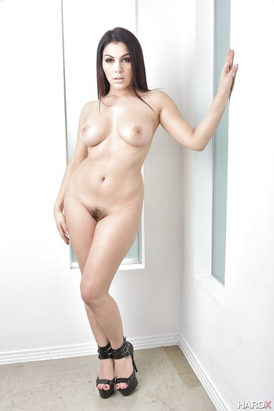 Brown hair Euro pornstar Valentina Nappi makes known weighty all standard milk sacks