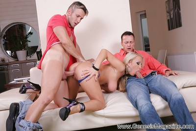 Pornstar golden-haired Jessica acquires a sweet anal and bawdy cleft penetration