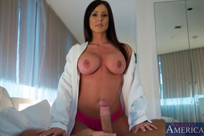 Untamed housewife Kendra Passion is slutty and desires to be screwed by her husband.