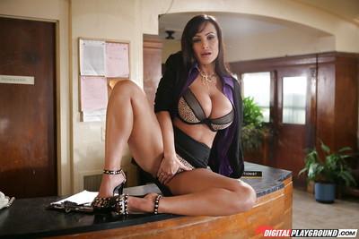 Tanned milf Lisa Ann demonstrates her gorgeous enormous boobies afterward plow