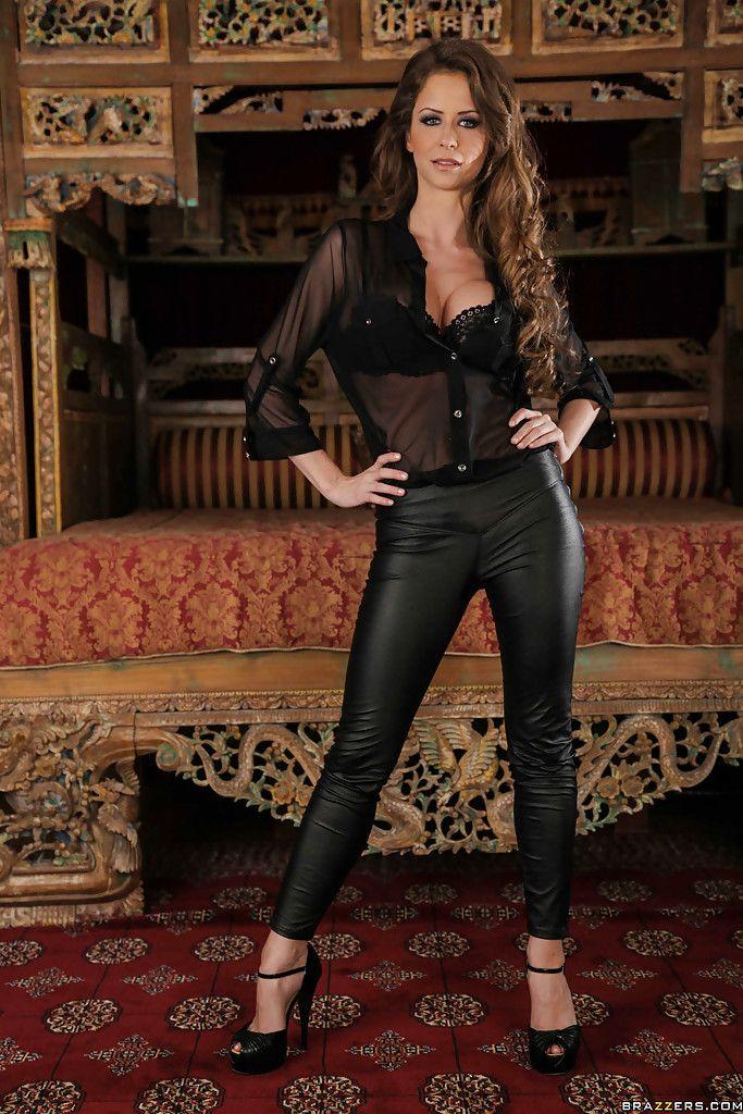 Stunning pornstar with pine for legs Emily Addison attains