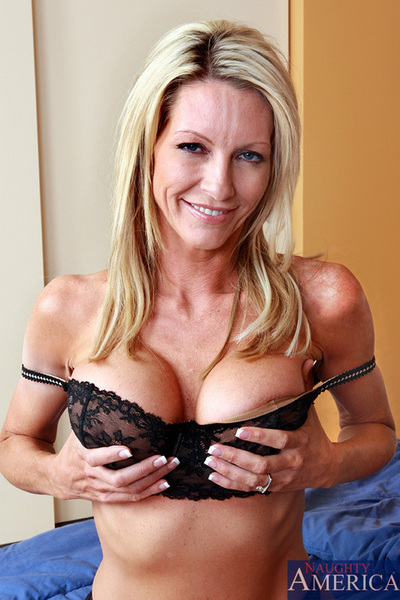 Emma Starr has hot banging with one of her sons friends and fall in love with being bonked on the ground by him.