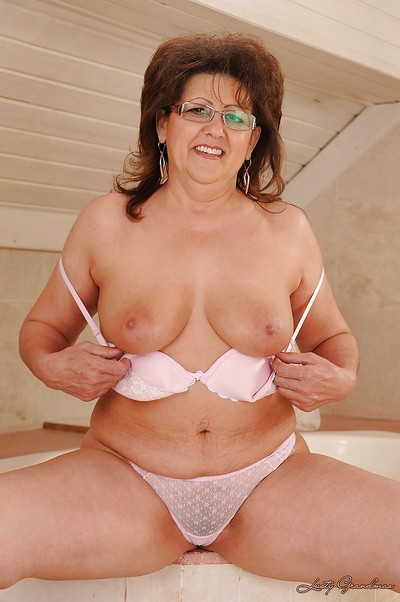 Salacious grown up in glasses accepts rid of her white lacy lingerie